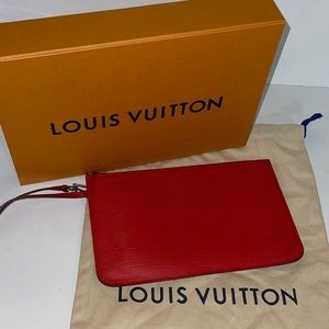 Authentic Louis Vuitton red epi neverfull mm pouch